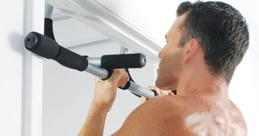 5 Best Pull-Up Bars For Your Home Workout Routine